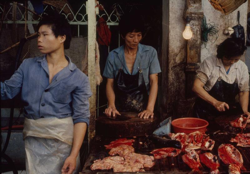 Fishmongers, Chaoyang Lu market